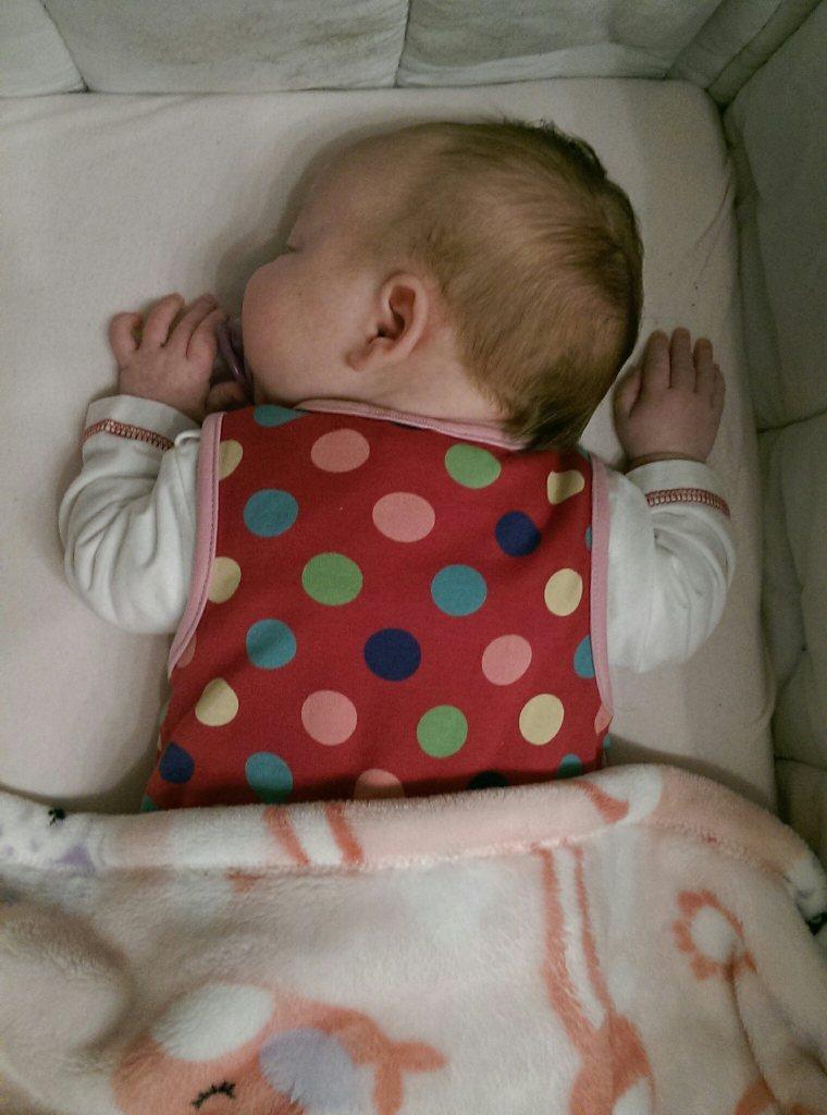Je lauter, desto besser! Die kleine Pusteblume schlief seelenruhig. Zumindest eine Weile...