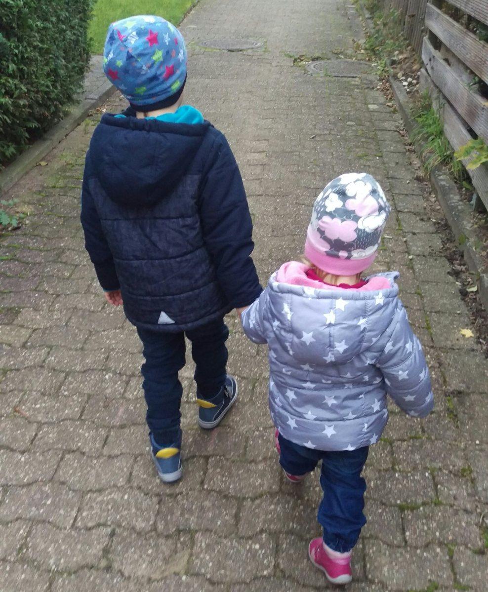 Liebe und Hiebe - Geschwister unter sich
