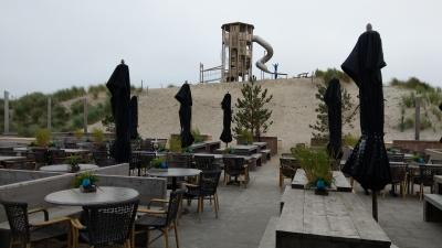 Die Terrasse mit Blick auf die Spieldüne